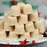 Assiette de truffes crues amande noix de coco