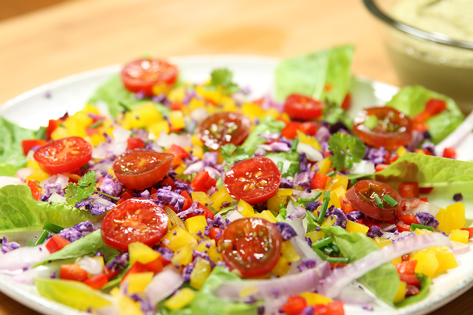 salade composée tomates poivrons chou rouge
