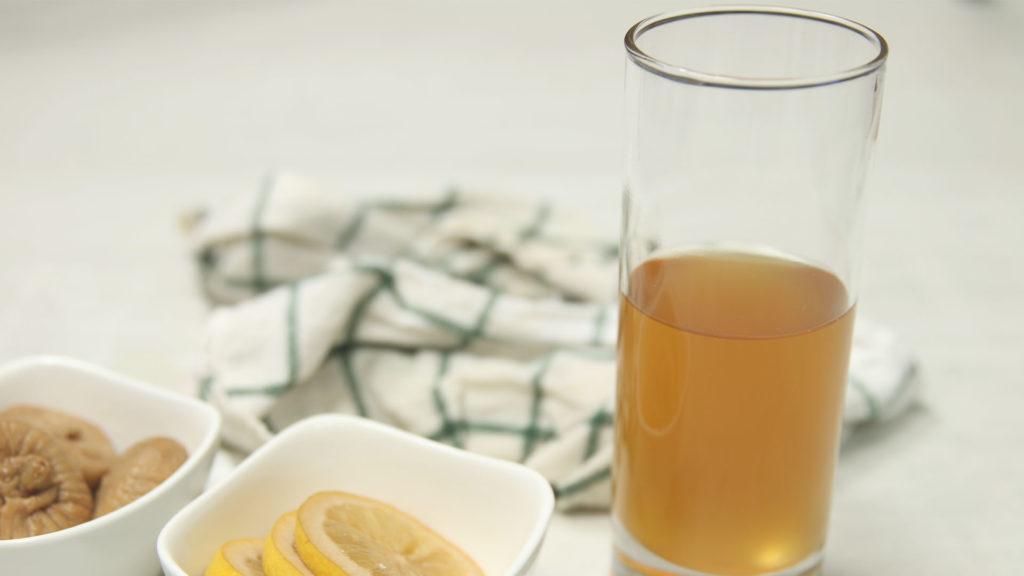 verre kéfir de fruits figues